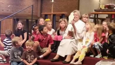 "Pastor Diane Roth leading the Children's Sermon about ""Flat Jesus."""